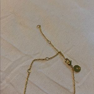 Stella & Dot Jewelry - Adorable gold necklace